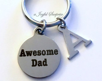 Keychain present for men, Gifts for Awesome Dad Keychain, Father Chain Keyring, Step Daddy in law from daughter son kids Christmas present