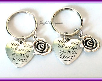 Set 2 Heart Keychain, Gift for Aunt Niece Matching Present, Rose Key Chain, You are always in my heart Keyring, Mom Sister Mother Daughter