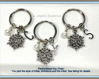 Winter Wedding Bridal Party Gifts,  Snowflake Keychain, Bridal Favors, Bridesmaid present, Wedding parent present Maid of Honor Honour her