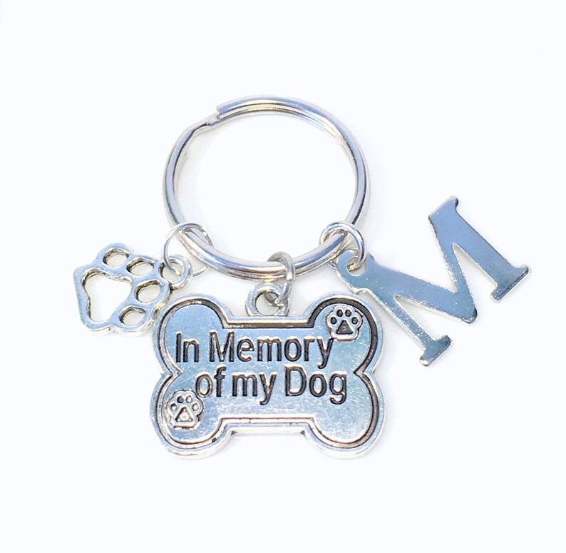 Memorial Pet Jewelry Death of Animal Key chain Paw charm Loss of Dog Keychain Gift In memory of my dog letter Sympathy Present Keyring
