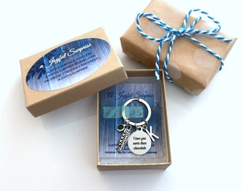 """Small Gift Box, Add on Note with Present, Jewelry Packaging, Brown Kraft for Keychains 3 x 2 x 1 White Cotton insert 3 1⁄16 x 2 1⁄8 x 1 """""""