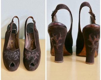Vintage 1940's Brown Suede Peeptoe Platform Slingback Heels / 40s pumps high heels