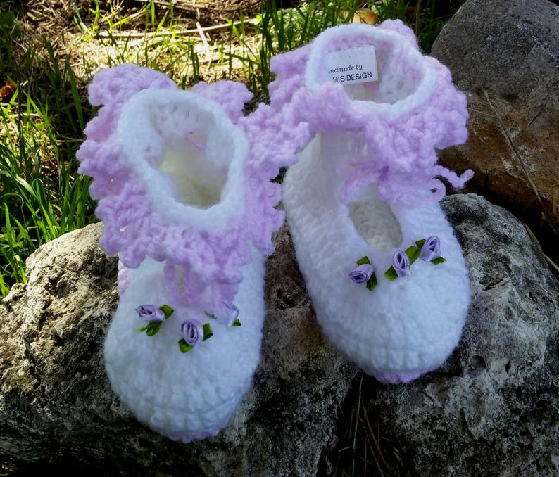 Crochet slippers for babygirl White baby shoes Crochet baby booties in White Purple Handmade Satin Roses Gift for Birth Baptism Babyshower