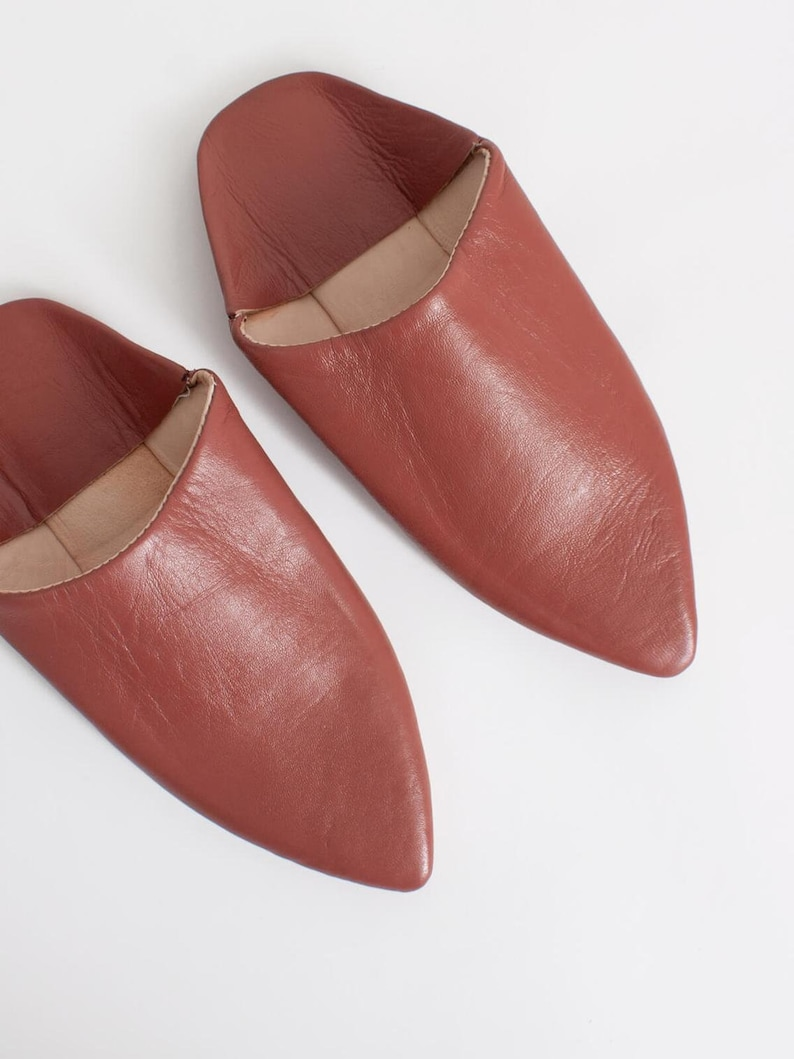 Moroccan Classic Pointed Babouche Slippers Terracotta