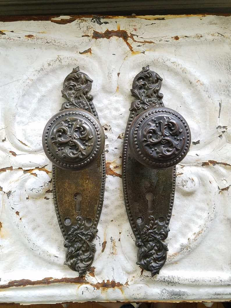 Bon Victorian Hardware, Antique Door Knobs, Old Door Hardware, Harrington  Pattern, Brass Doorknobs, Fancy Door Knobs, Antique Door Plates