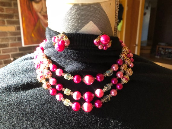 60's Pink Plastic beaded Necklace and matching cl… - image 2