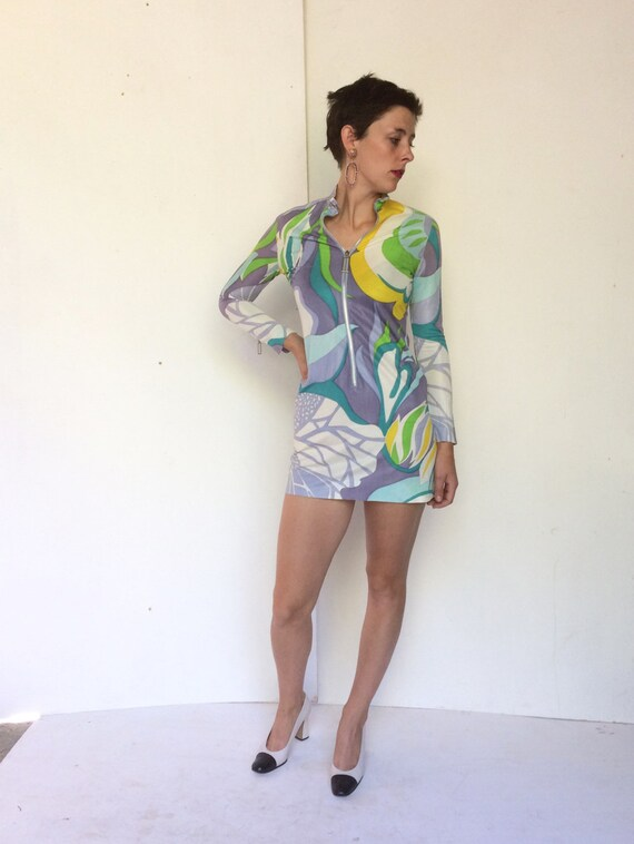 Saks Fifth Avenue 1960s Psychedelic Zip up Mini dr