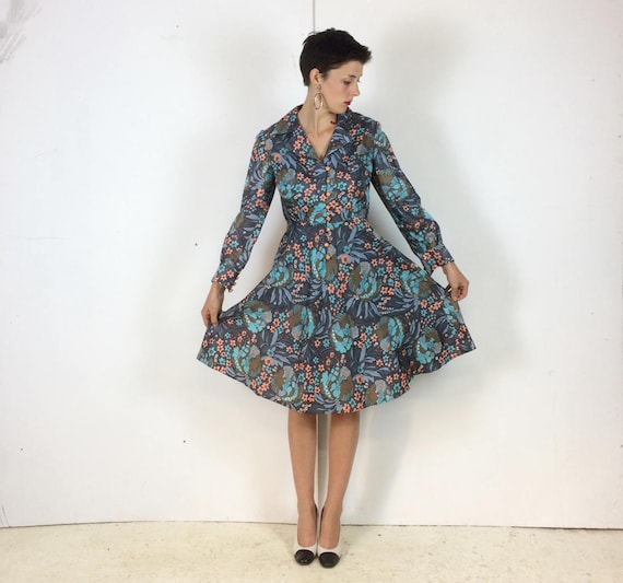 1970s Handmade Shirt dress Psychedelic print with… - image 4