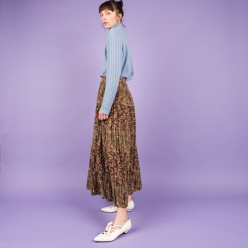 Vintage Earthtone Floral Peasant Skirt   SML