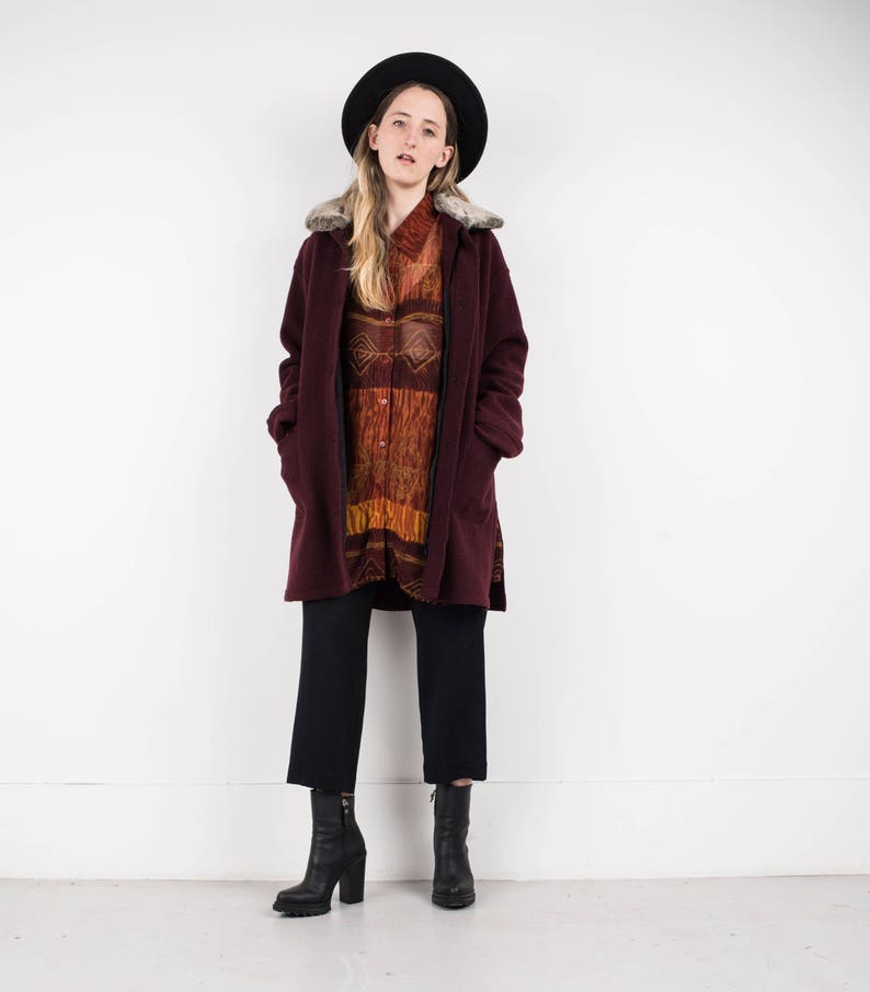 b1b4709aa61 VINTAGE BURGUNDY FELTED coat with detachable faux fur collar