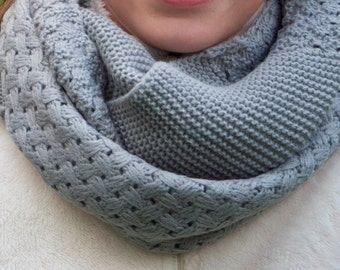 Gift for her ,Circle Scarf, Scarf, Knit Infinity scarf , women scarf ,women winter scarf, chunky scarf, women's accessory, fashion
