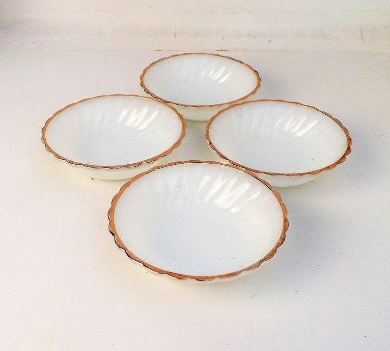 set of 4 Anchor Hocking Milk Glass 4 Golden Shell Swirl Berry Bowls