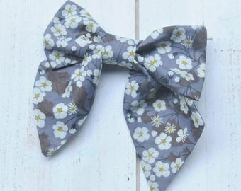 Floral Bow, Sailor Bow, Liberty of London, Baby Gift, Hair Bow, Easter Outfit, Baby Shower Gift, Sailor Hair Bow, Baby Hair Bow, Baby Bow