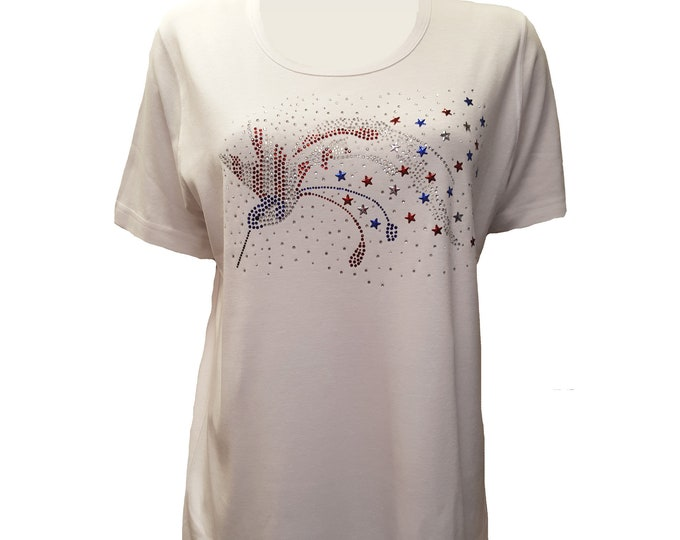 Hummingbird Patriotic Colors White T shirt with short sleeves