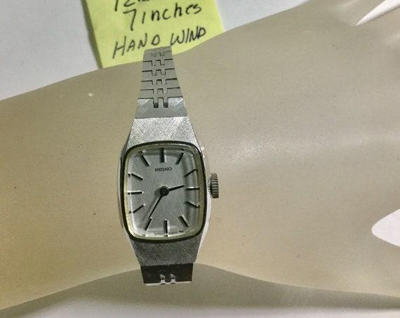 1980s Seiko Ladys Hand Wind Wrist Watch Ref 11-5133 Running 12mm