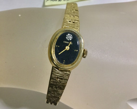 1981 Lady's Bulova Caravelle Gold Plaque Bracelet Watch Hand Wind 16mm 7 1/2 inches long