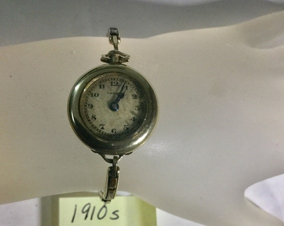 1910s Ladys Hand Wind Wristwatch Swiss Gold Filled 22mm 5 inches