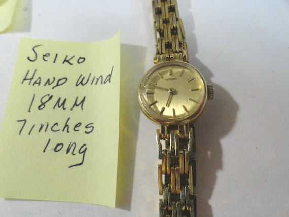 Vintage 1980s Seiko Hand Wind Gold Plate Bracelet Wrist Watch 18mm 7 Inches Long