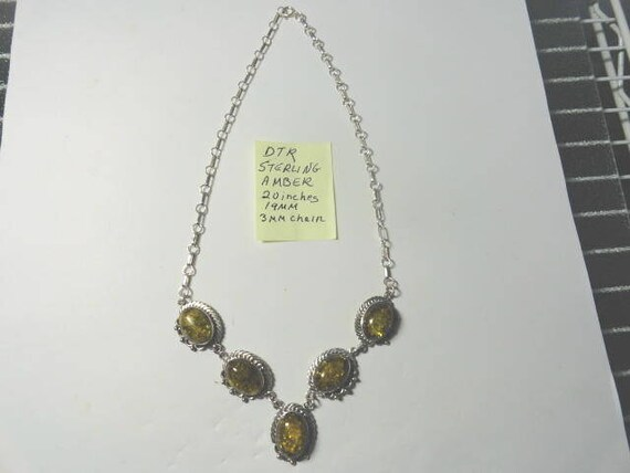 Vintage Amber DTR Sterling Necklace 20 inches Long 19mm pendants 3mm Chain 30.35 Grams