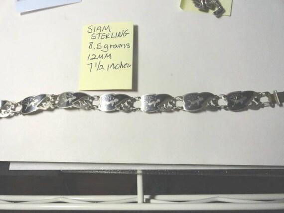 Vintage Siam Sterling Silver Figure Panel Link Bracelet 12mm 7 1/2 Inches 8.5 Grams