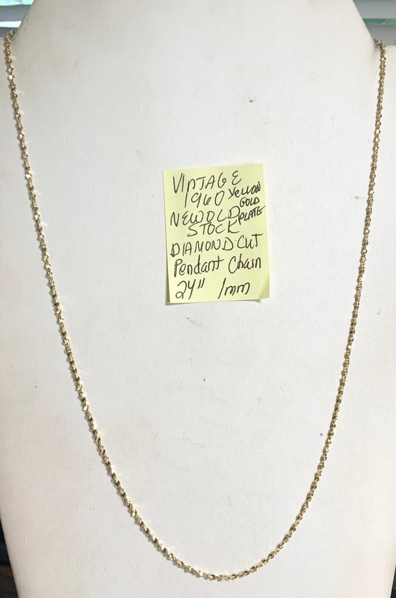 """Vintage 1960s New Old Stock Yellow Gold Plate Diamond Cut Pendant Chain 24"""" 1mm"""
