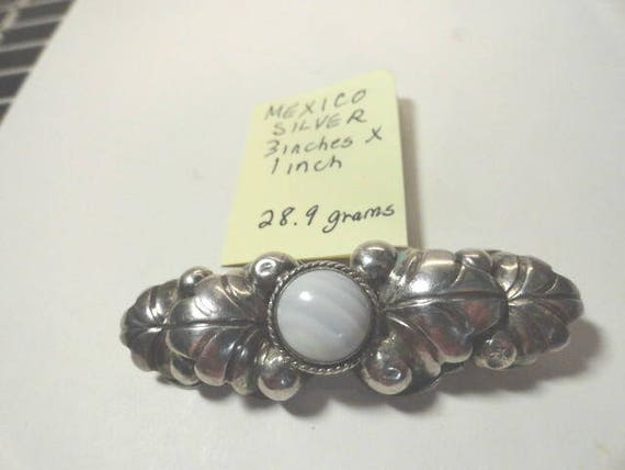 Vintage Silver with Natural Tumbled Stone Center Brooch Pin 3 inches by 1 inch 28.9 Grames