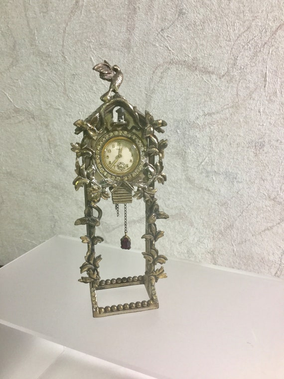 1930s Taylor Cuckoo Watch Brooch on Stand 45mm by 66mm 5 inches with Stand Running