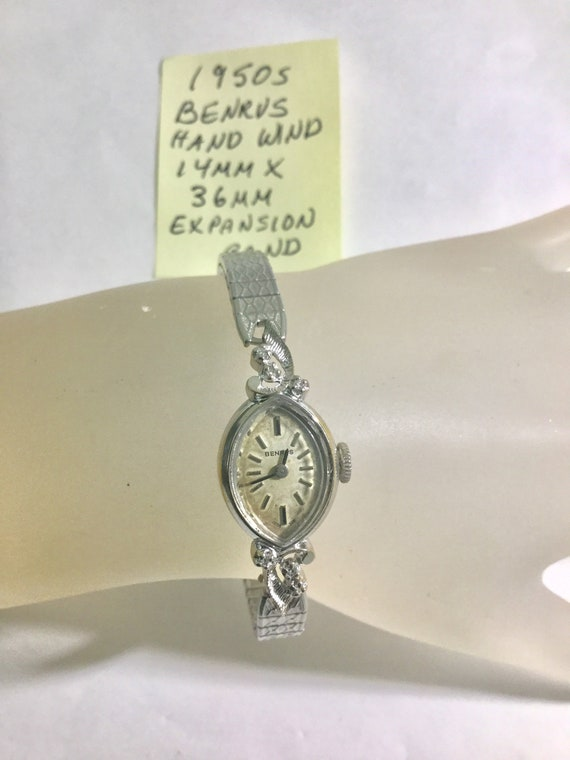 1950s Benrus Hand Wind Ladys Wristwatch 14mm by 36mm Expansion Band