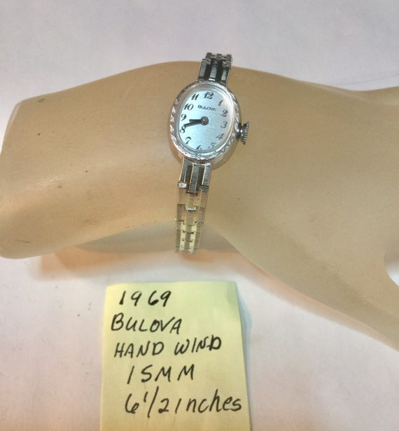 1969 Bulova Ladys Wrist Watch Hand Wind 15mm 6 1/2 Inches  with Bracelet