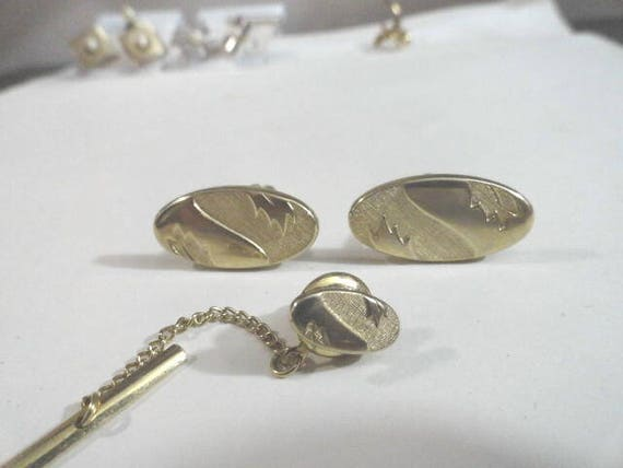 Vintage Swank Gold Tone Cuff Links with Matching Tie Tack 1 inch by 1/2 inch Tie Tack 1/4 inch by 1/2 inch
