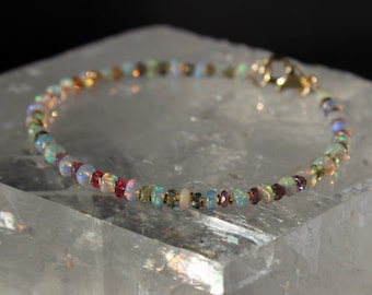 Opal Bracelet, Ethiopian Opal Bracelet, Sapphire Bracelet, October Birthstone, Ombre Bracelet, Dainty Gemstone Beaded Bracelet