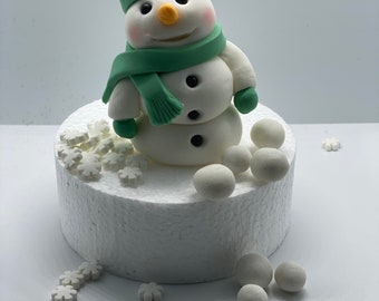 Customisable Gluten Free edible Fondant Snowman with 12 Snowflakes and Snowballs Cake Topper Cake, Cupcake Christmas Noel Xmas