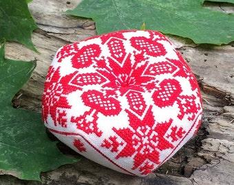 Сhristmas Finished biscornu cross stitch linen Pincushion Sewing accessory  woman gift
