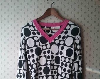 Graphic Polka Dot Print Black & White Vintage V Neck Sweater