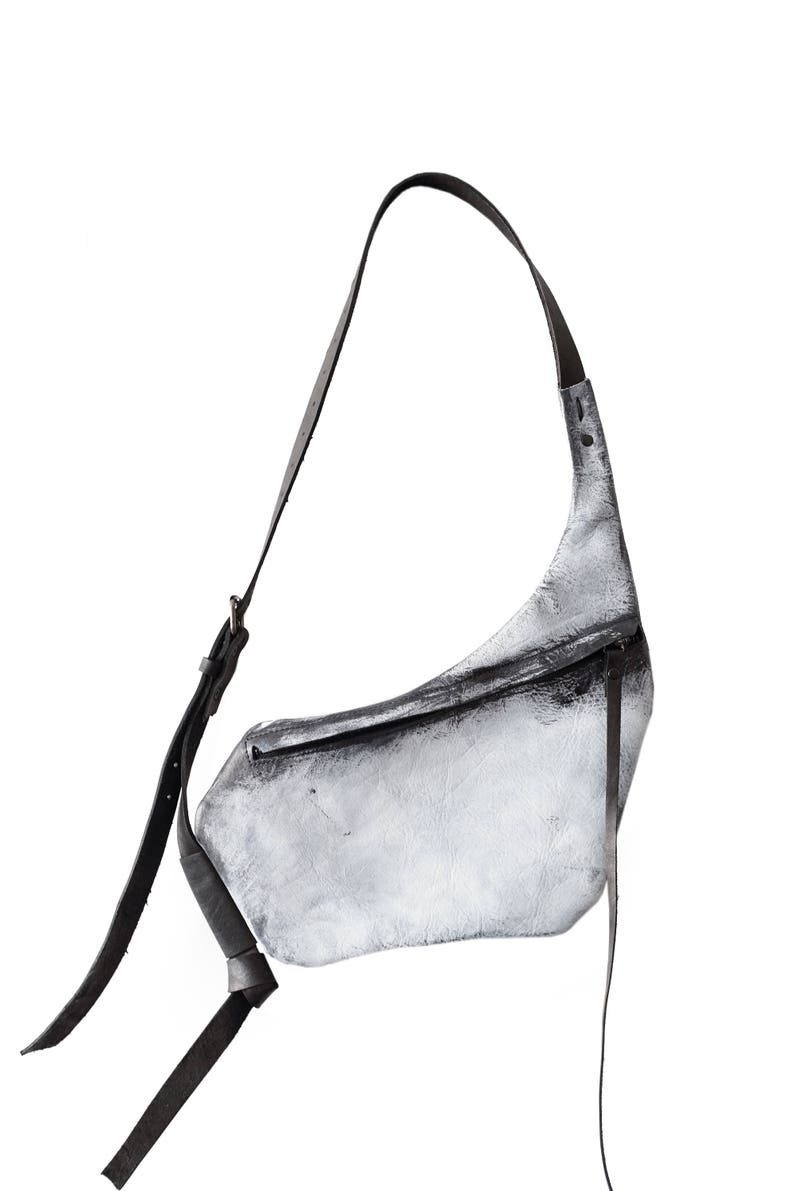 leather hip bag 031Y white