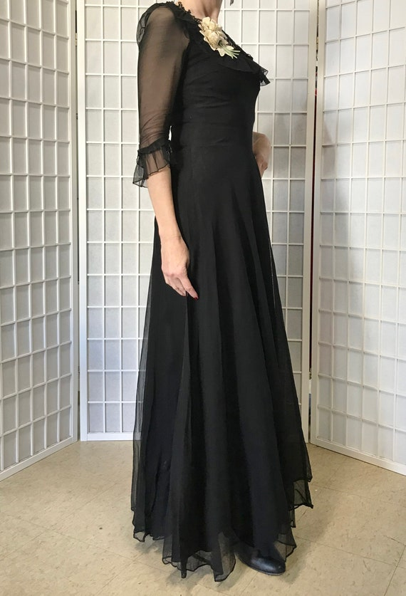 1940s Black Evening Gown - image 3