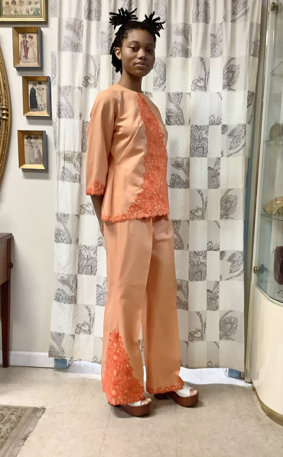 1970s Orange Embroidered Linen Suit - image 4