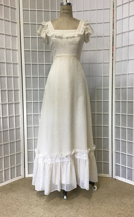 1970s Ivory Lace Gown
