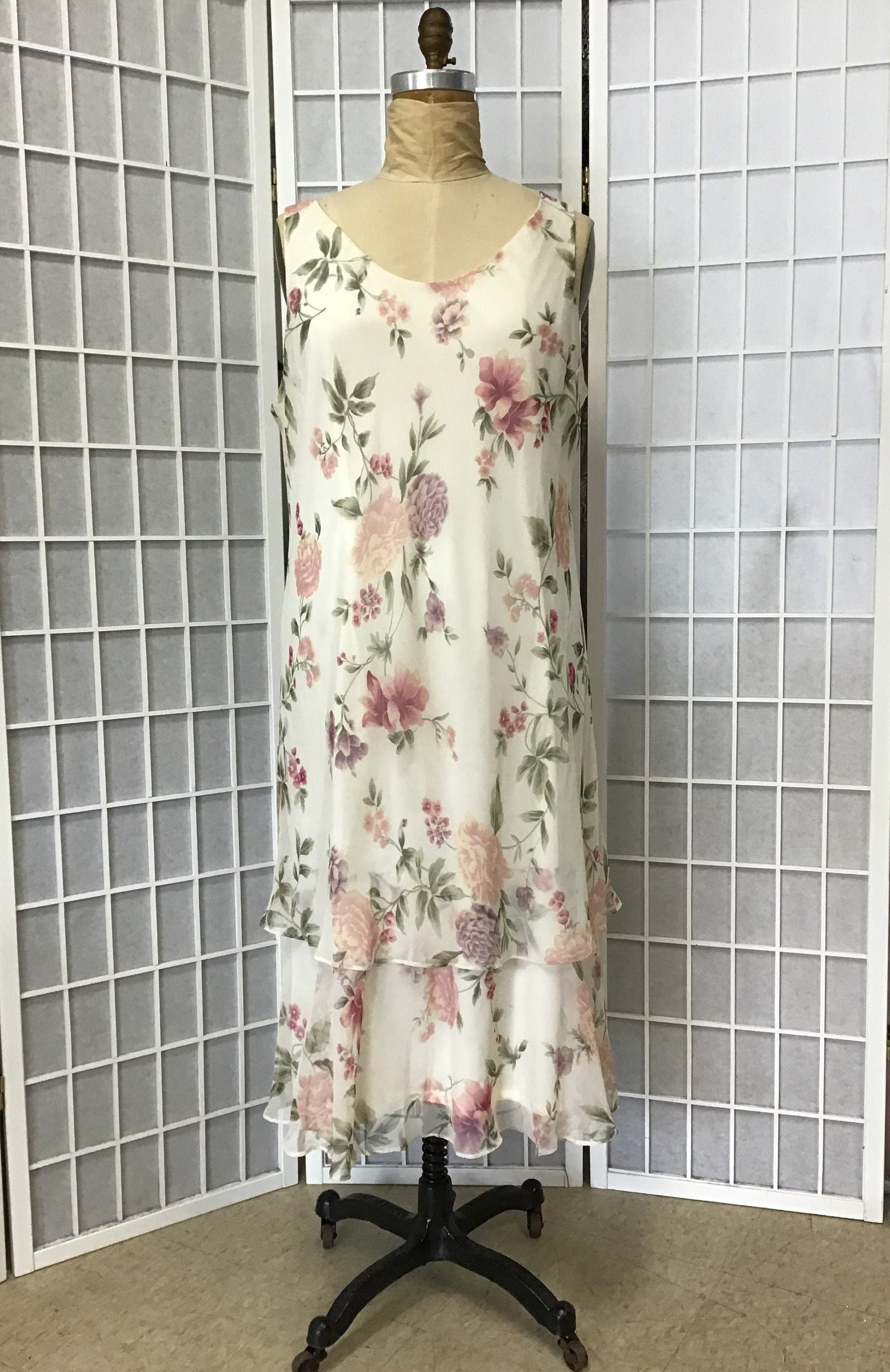 80s Dresses   Casual to Party Dresses 1980S Floral Print Chiffon Dress With Jacket, Size Large $36.00 AT vintagedancer.com