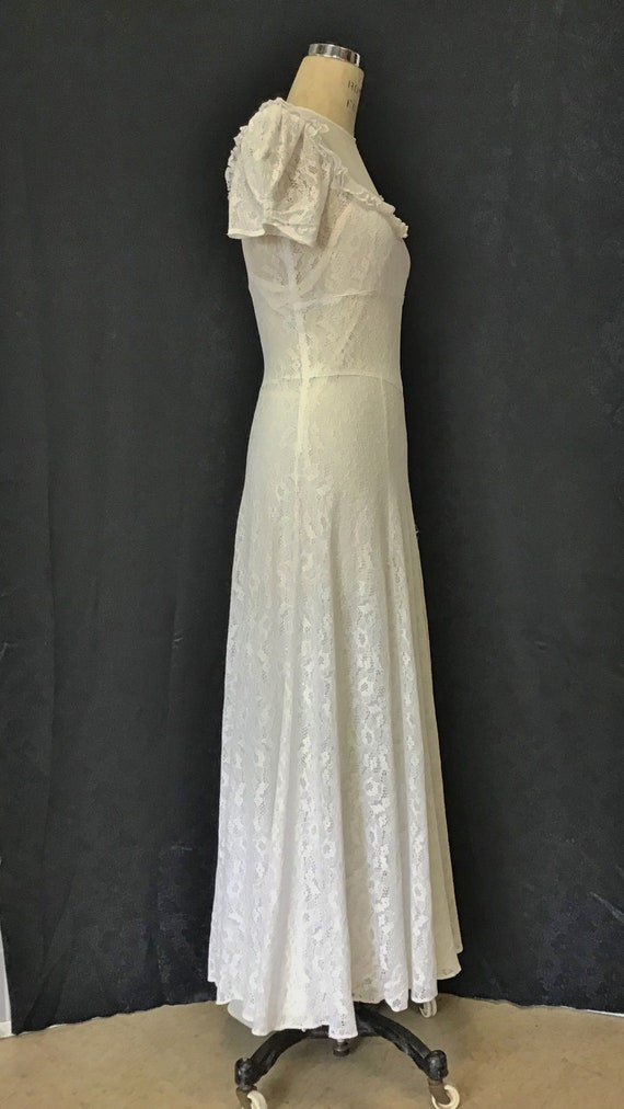 1940s White Lace Gown, 1940s Wedding Gown - image 3