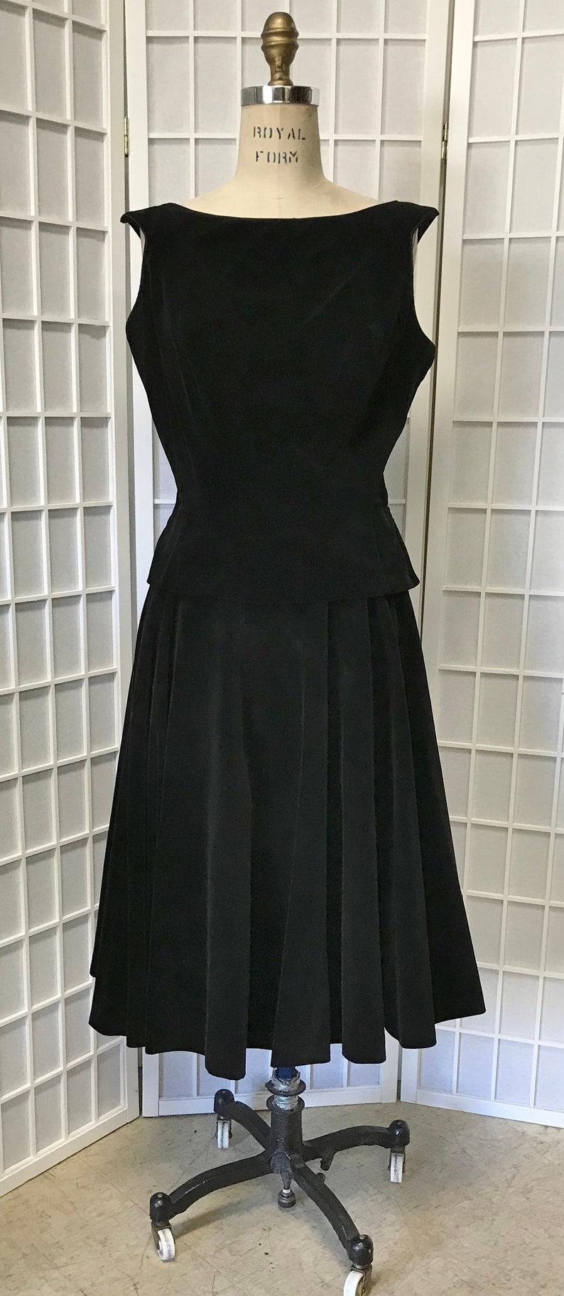 1950s 2-Piece Black Velvet Sleeveless Dress McArthur LTD