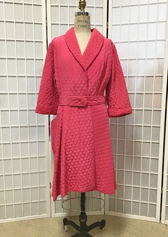 1950s Pink Quilted Bathrobe