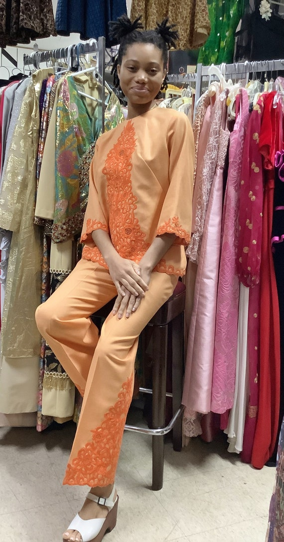 1970s Orange Embroidered Linen Suit - image 7