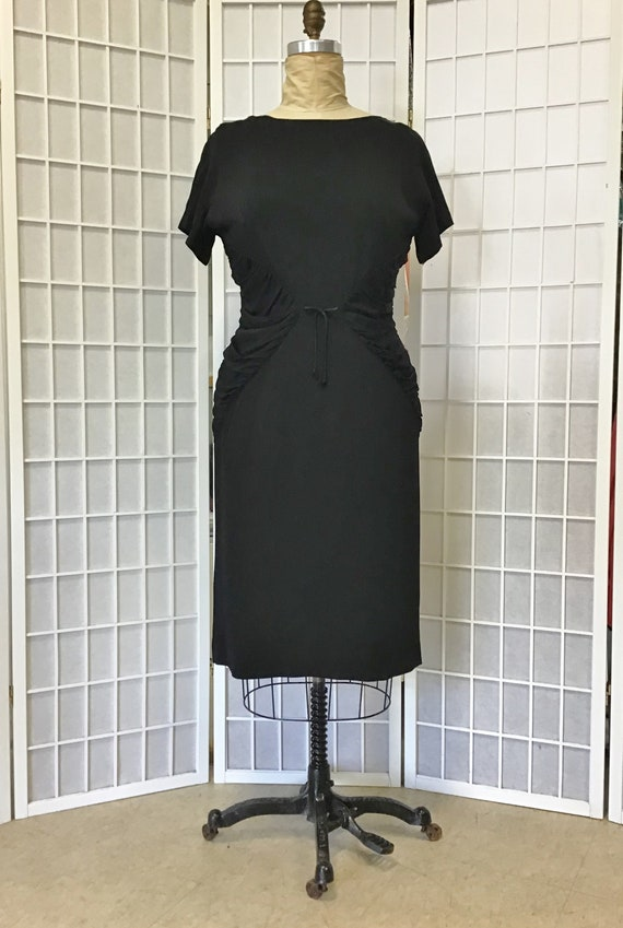 Size Large 1950s Bombshell Dress, 1950s Little Bla