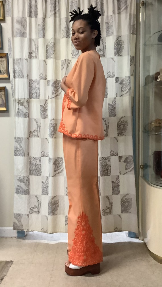 1970s Orange Embroidered Linen Suit - image 3