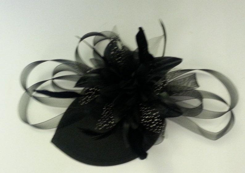 Vintage 1940s-50s Black Fascinator hat Black Tear drop hat fascinator Ascot  flower feather Fascinator Ceremoney  HAT ladies Cocktail