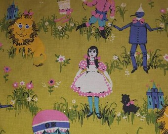 Rare Wizard of Oz Twin Coverlet Bed Sheet Fabric Sewing Fieldcrest Lion Scarecrow Tinman Dorothy Mid Century Modern Retro Vintage Home Decor