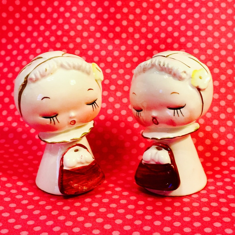Little Ladies with Purses Salt and Pepper Shakers made in image 0