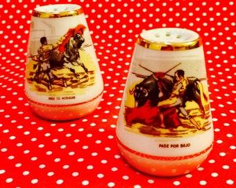 Bull Fighting Matadors Souvenir Salt and Pepper Shakers made in Japan circa 1950s