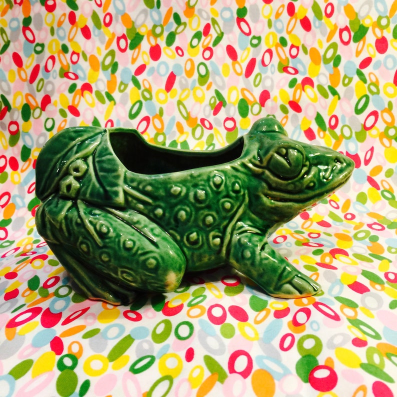McCoy Anthropomorphic Frog Planter made in Ohio USA circa image 0
